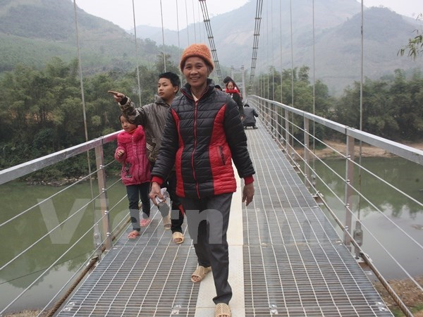 Nearly 500 bridges built in Central Highlands hinh anh 1