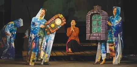 German, Vietnamese artists put on play hinh anh 1