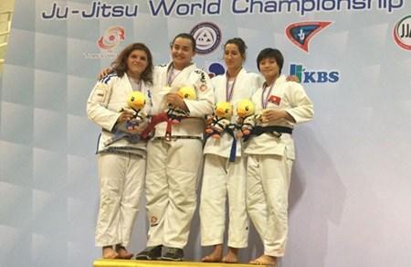 Lan bags bronze at Jujitsu World Championships hinh anh 1