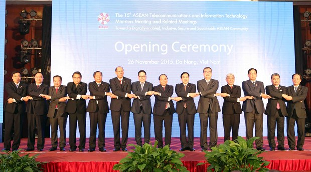 ASEAN telecoms ministers' meeting opens in Da Nang hinh anh 1