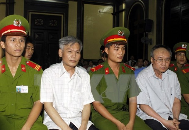 Two given capital punishment in high-profile embezzlement case hinh anh 1
