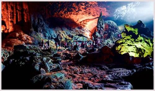 New caves discovered in Ha Long, Bai Tu Long Bays hinh anh 1