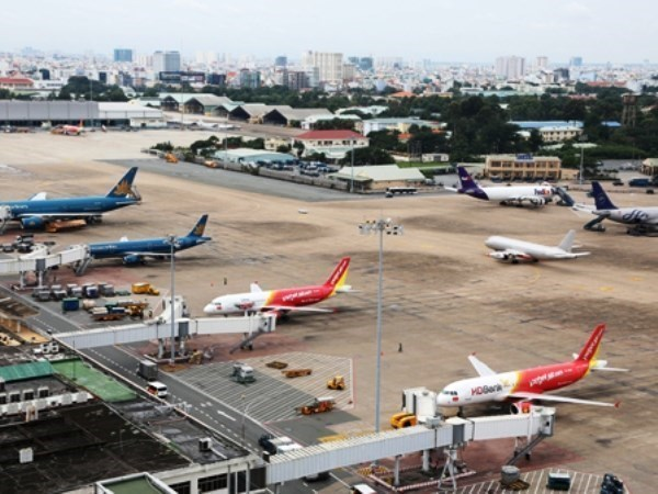 600,000th safe flight welcomed in Tan Son Nhat airport hinh anh 1