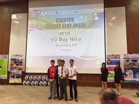 Vietnamese students win big at WeCode contest hinh anh 1