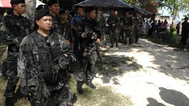 Philippines: government troops kill 13 insurgents hinh anh 1