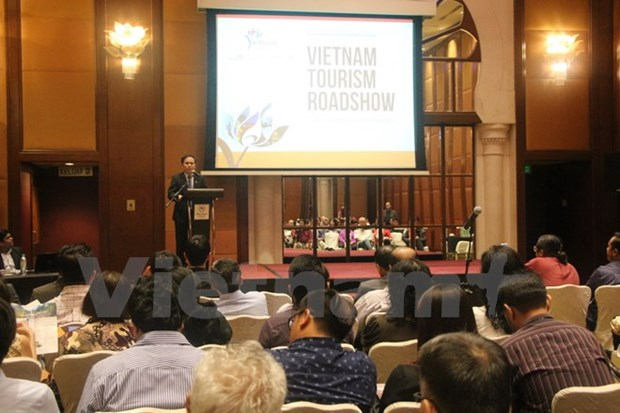 Road show promotes Vietnam's tourism in Malaysia hinh anh 1