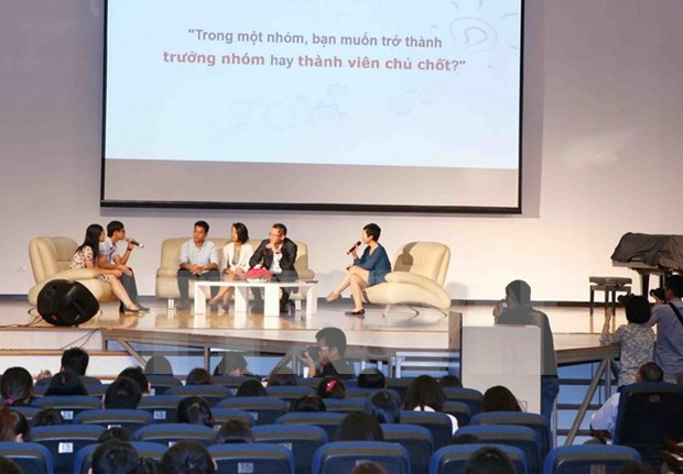 HCM City hosts Vietnam Young Leaders Forum 2015 hinh anh 1