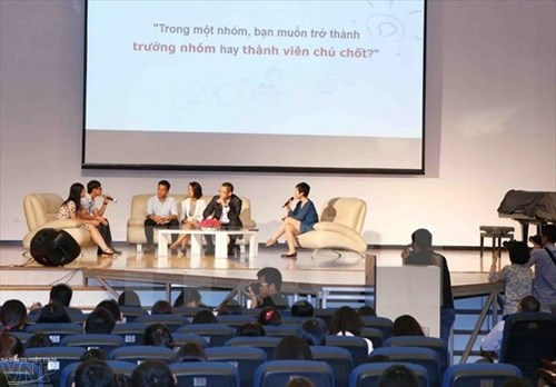 Experts urge start-ups to develop plan hinh anh 1