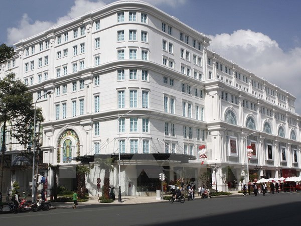 Savills: office rents surge in HCM City, stable in Hanoi hinh anh 1