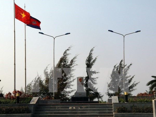 Vietnam-Cambodia border demarcation basically completed hinh anh 1