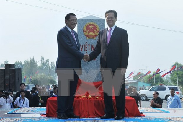 Border markers' inauguration reflects Vietnam-Cambodia's joint resolve hinh anh 1