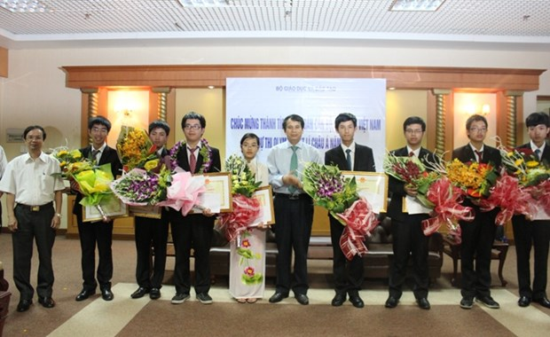 Vietnam to host 19th Asian Physics Olympiad hinh anh 1