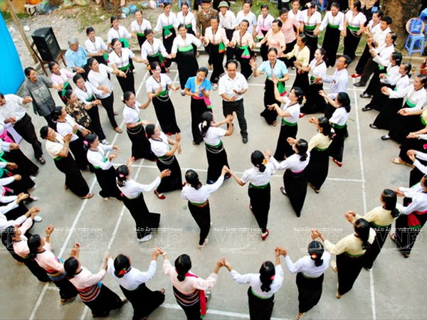 Thai ethnics' dance, ritual named national cultural heritages hinh anh 1