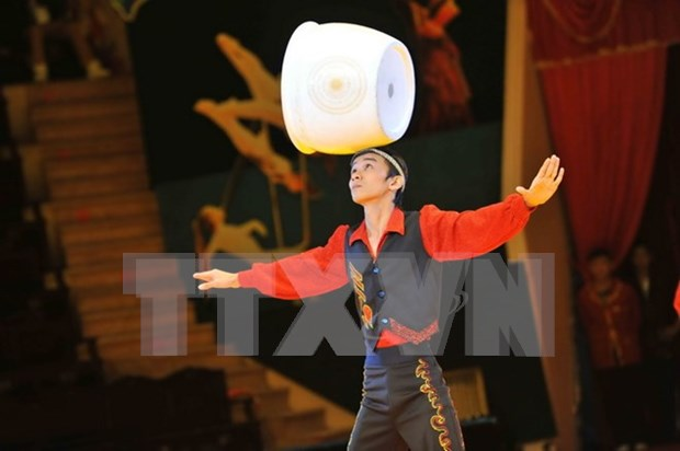 Int'l circus festival to greet spring hinh anh 1