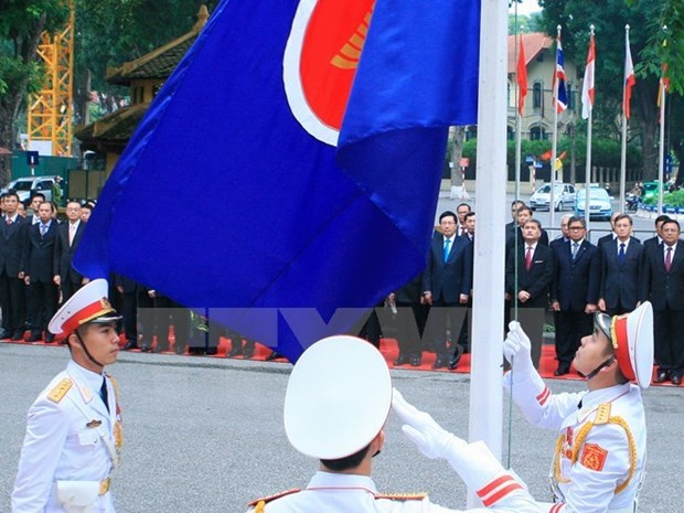 Vietnam defines priorities for ASEAN cooperation in 2016 hinh anh 1