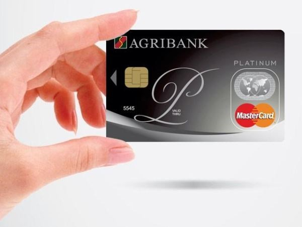 Agribank aims 18 percent growth in loans hinh anh 1