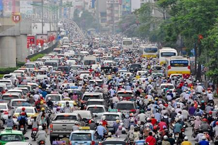 Hanoi plans measures to reduce traffic jams hinh anh 1