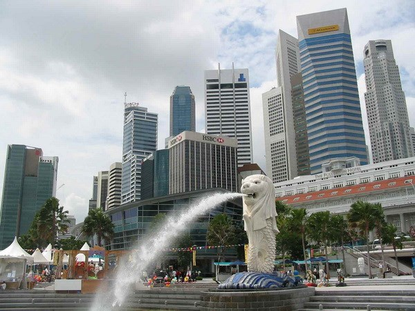 Singaporean economy grows at slowest pace since 2008 hinh anh 1