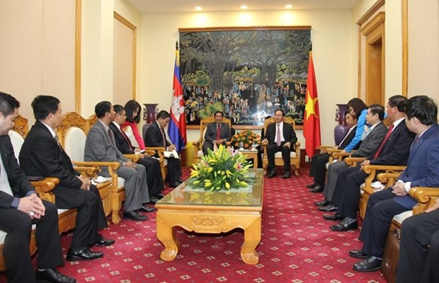 Vietnam, Cambodia cooperate to ensure security, order hinh anh 1