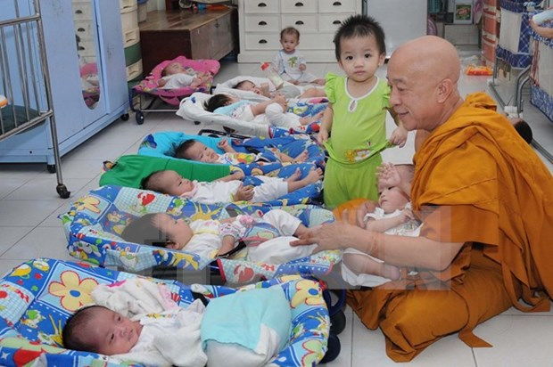 Buddhism contributes to HIV/AIDS prevention hinh anh 1