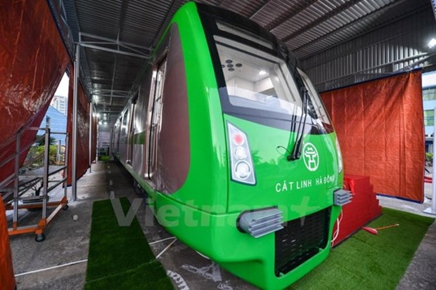 Train's design adjusted following public feedback hinh anh 1