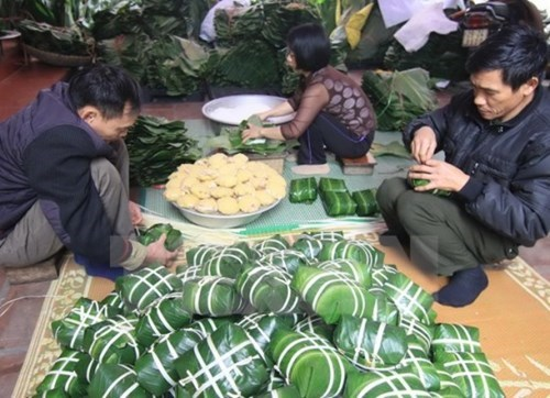 Vietnam supports migrants returning from Laos hinh anh 1