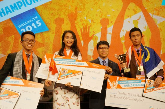 Microsoft office specialist competition launched in Thai Nguyen hinh anh 1