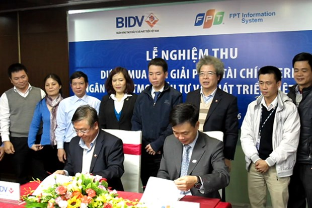 Banking network's biggest Enterprise Resource Planning system applied hinh anh 1