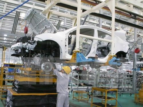 Industrial production index surges nearly 6 percent in January hinh anh 1