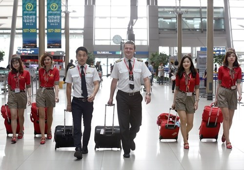 Vietjet records positive growth in 2015 hinh anh 1