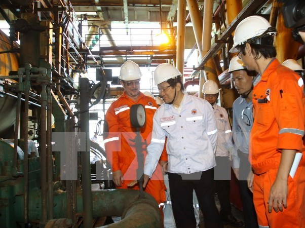 Oil and gas sector should build stabilisation fund: President hinh anh 1