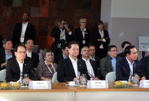 ASEAN, US seek to promote regional prosperity hinh anh 1