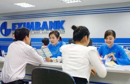 Banks offering post-Tet holiday promotions to attract depositors hinh anh 1