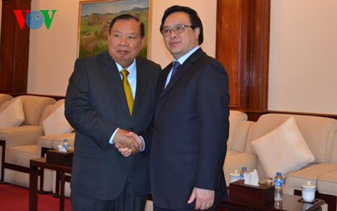 Party chief's special envoy reiterates stronger ties with Laos hinh anh 1