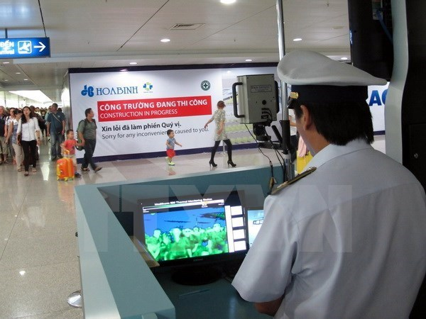 Vietnam continues tightening Zika observation at ports of entry hinh anh 1