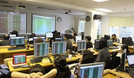 Vietnam's stocks rise for second day hinh anh 1
