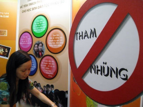 Justice ministry reviews anti-corruption performance hinh anh 1