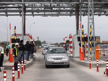 Electronic tolls to cut costs, traffic jams hinh anh 1