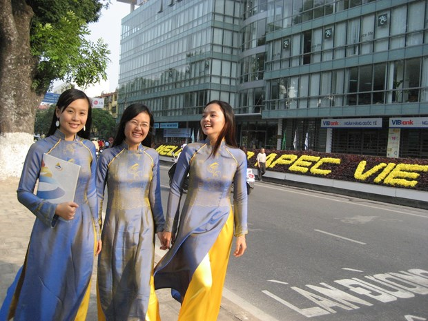 Vietnamese women promote traditions hinh anh 1