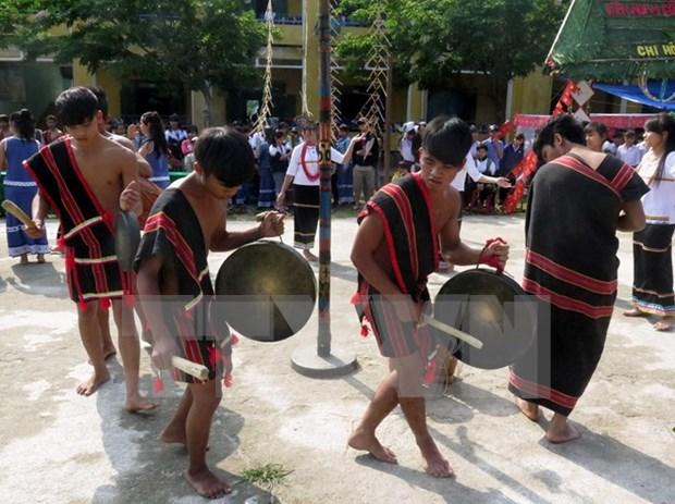 Highlands fest presents folk culture hinh anh 1