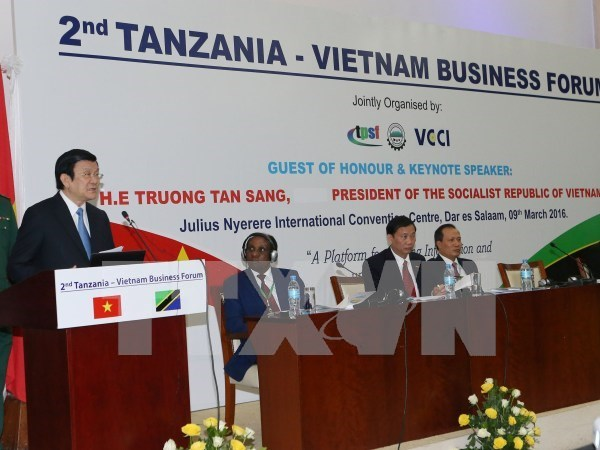 President attends Tanzania – Vietnam business forum hinh anh 1