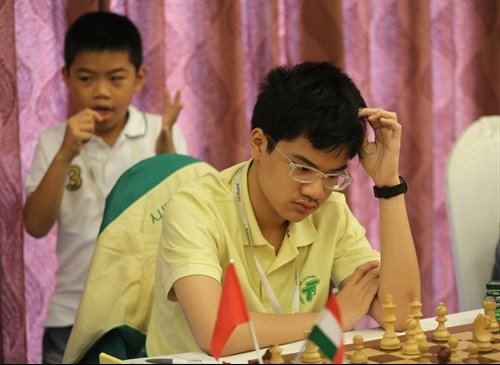 Young talents shine at masters tourney hinh anh 1