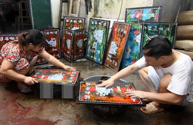 Traditional lacquer craft urged to seek UNESCO heritage status hinh anh 1