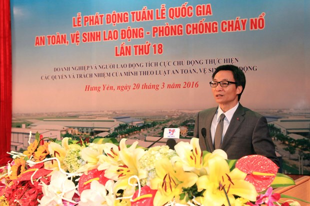 Occupational safety week urges for increased sense of responsibility hinh anh 1