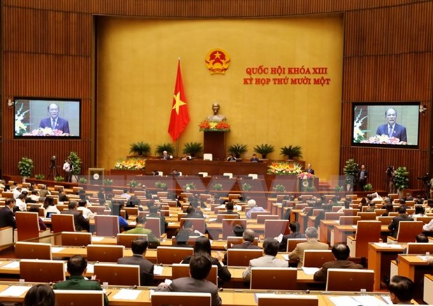NA Chairman delivers draft working report for 13th tenure hinh anh 1