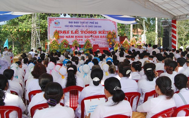 Cao Dai religion marks 90th founding anniversary hinh anh 1