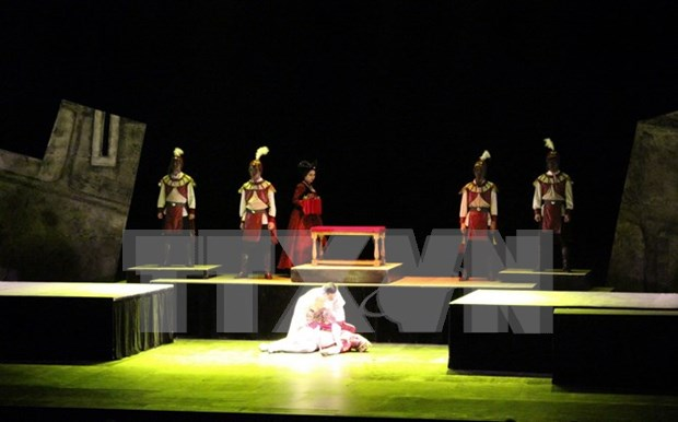 Singaporeans hail Shakespeare's Hamlet of Vietnamese artists hinh anh 1
