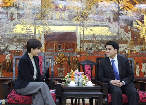 Hanoi appeals for Italian investment in infrastructure projects hinh anh 1