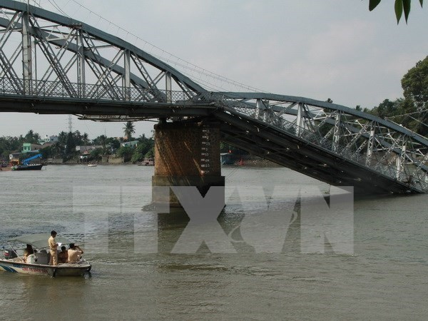 Works on Ghenh bridge repairs to start in early April hinh anh 1