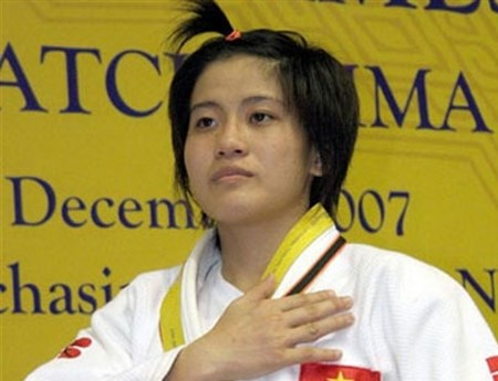 Judo team heads to China to train for Olympics in Brazil hinh anh 1
